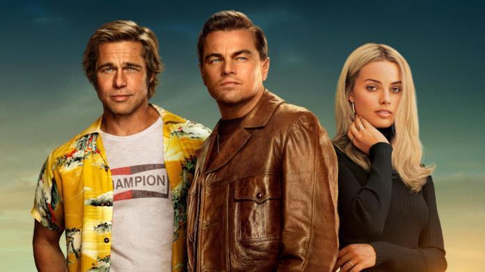 Brad Pitt, Leonardo DiCaprio e Margot Robbie nel poster promozionale di C'era una volta a Hollywood