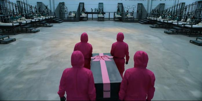 La bara con il fiocco rosa di Squid Game