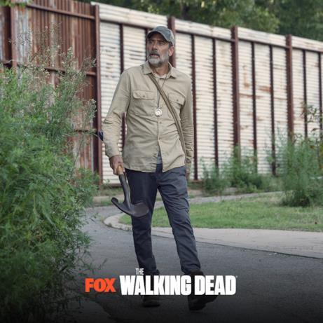 Negan libero in un'immagine dai nuovi episodi di The Walking Dead 9