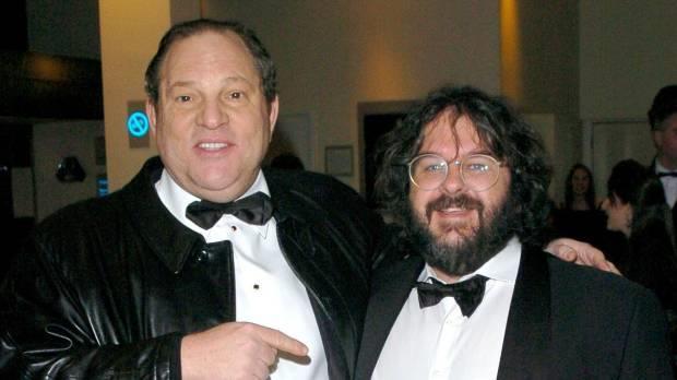 Peter Jackson accanto al producer accusato di molestie Harvey Weinstein