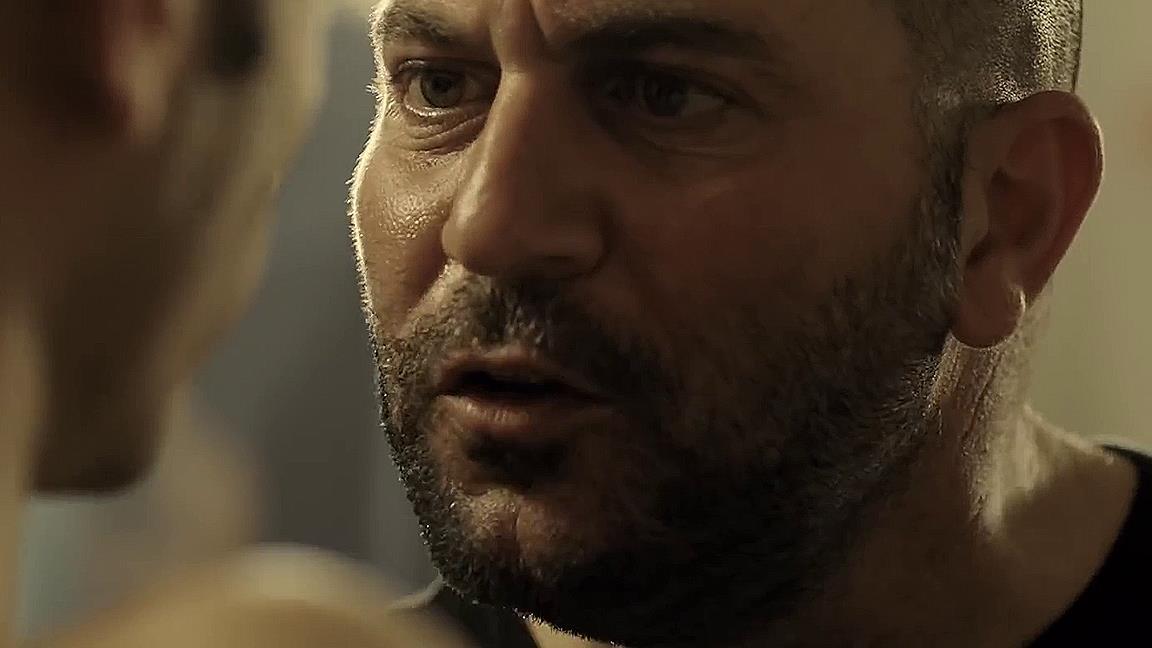 Nel trailer di Fauda 3 ritroviamo Doron come istruttore di boxe (sotto copertura)