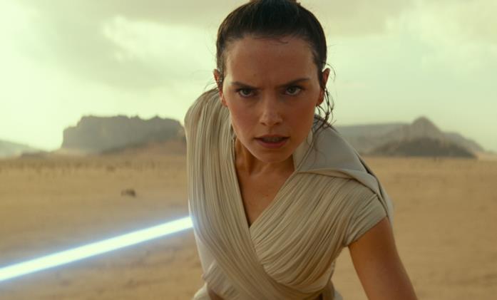 Rey sguaina la spada laser