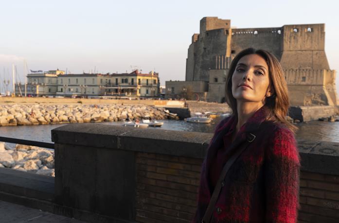 Serena Rossi in una scena di Mina Settembre