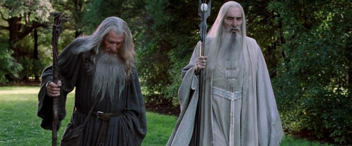 Ian McKellen e Christopher Lee in una scena con Gandalf e Saruman
