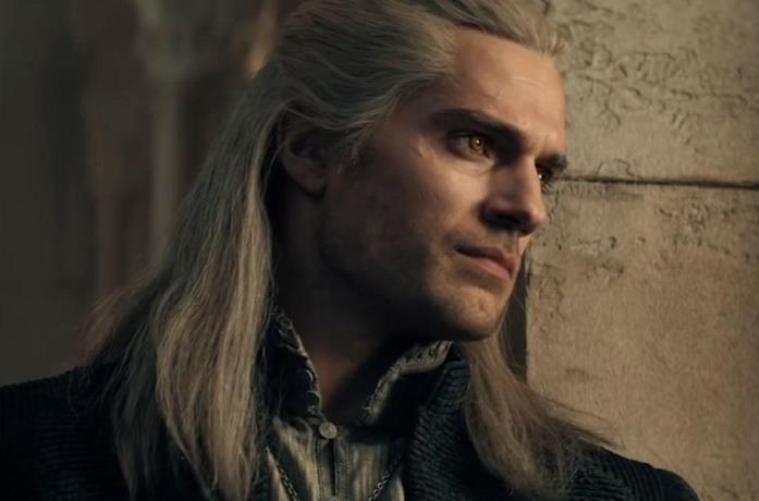 Un'immagine di Henry Cavill come Geralt di Rivia