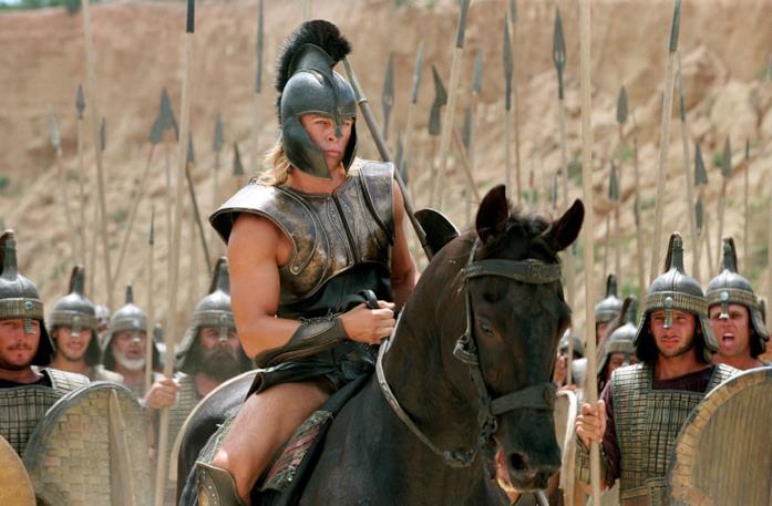 Brad Pitt è Achille in Troy