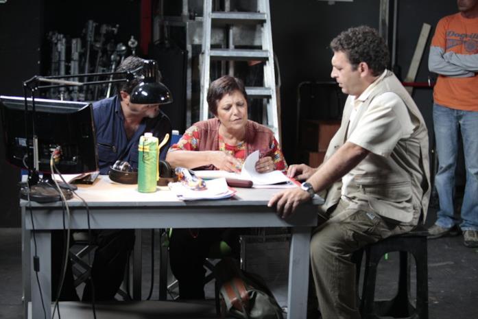 Francesco Pannofino, Roberta Fiorentini e Ninni Bruschetta in una scena di Boris