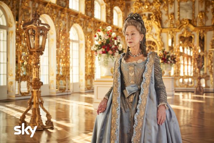Helen Mirren in una scena della serie TV Caterina la Grande