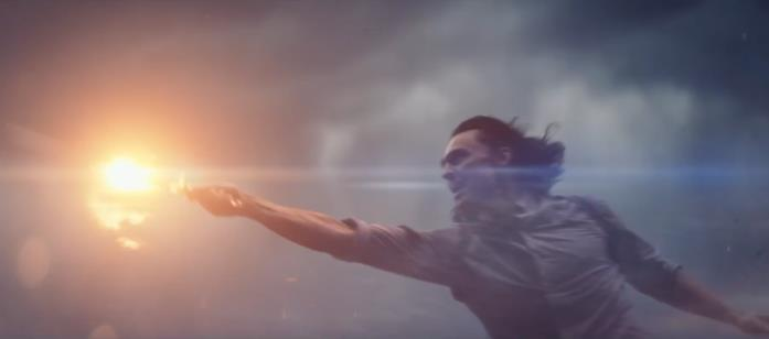 Loki usa il pugnale