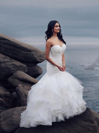 L'abito da sposa ispirato ad Ariel