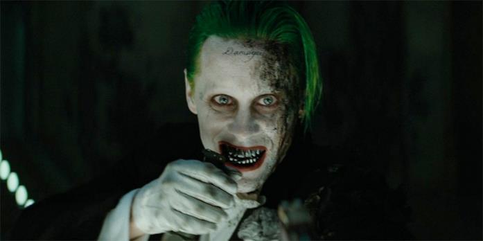 Primo piano di Jared Leto truccato da Joker
