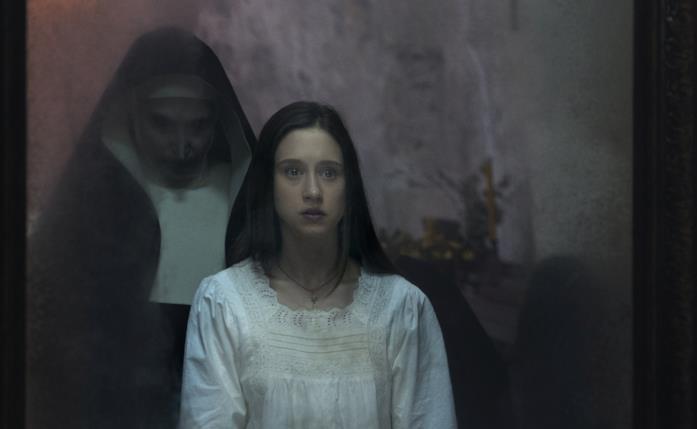 Una scena dal film The Nun - La vocazione del male