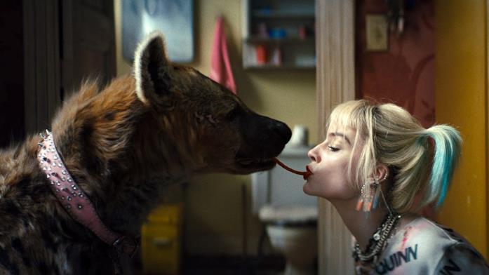 Harley Quinn e Brucie come Lilli e il Vagabondo