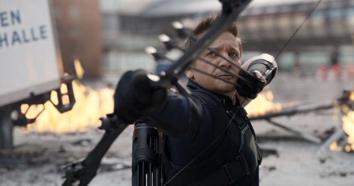 Jeremy Renner nei panni di Occhio di Falco in Captain America: Civil War