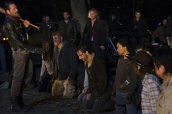 L'immagine del momento dell'esecuzione di Negan