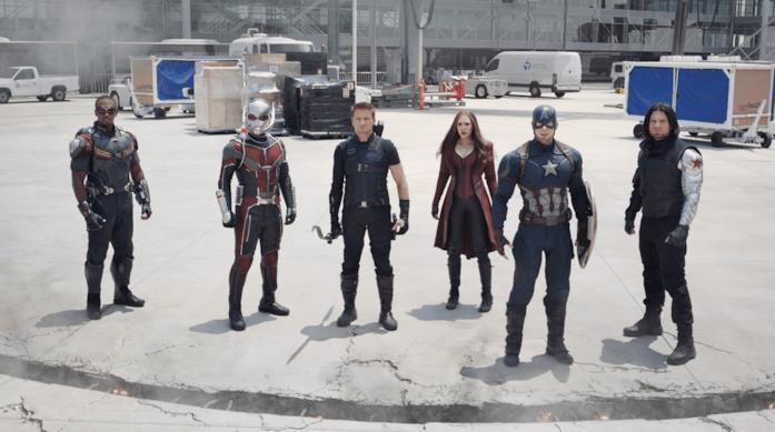 Il team di Capitan America nella battaglia dell'aeroporto in Captain America: Civil War