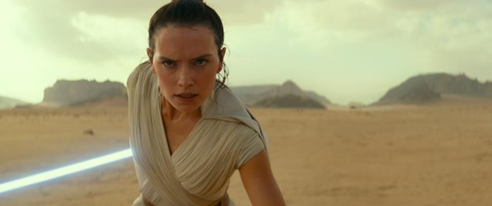 Daisy Ridely nei panni di Rey in Star Wars: L'ascesa di Skywalker