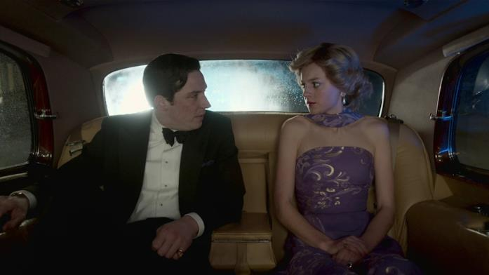 Carlo e Diana rappresentati da The Crown in una puntata della quarta stagione