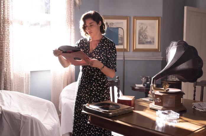 Luisa Ranieri in una scena de La vita promessa 2