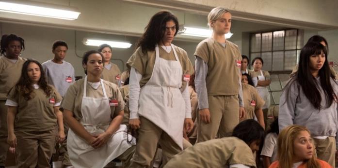 Le protagoniste di Orange is the New Black in una scena della serie