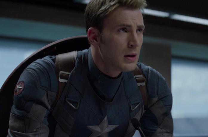 Chris Evans in una scena di Captain America - The Winter Soldier