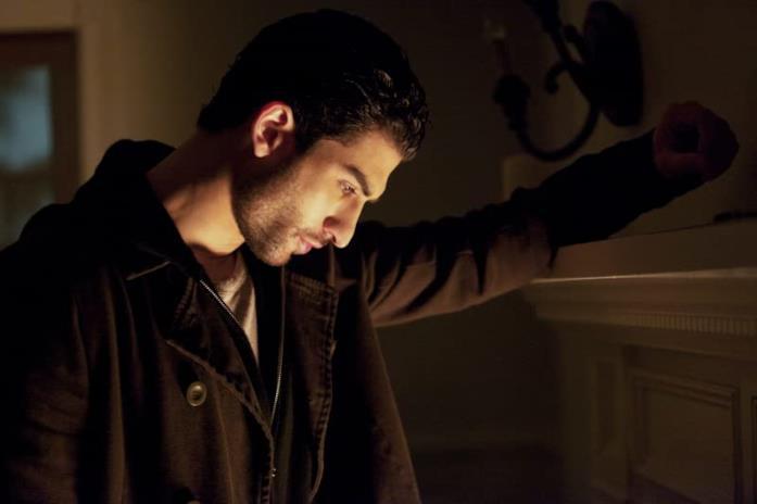 Raffi Barsoumian è Markos nella quinta stagione di The Vampire Diaries