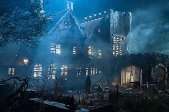 Gli esterni della terrificante Hill House nella serie Netflix