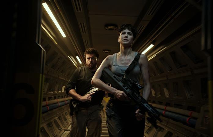 Una sequenza di Alien: Covenant con Tennessee Faris e Daniels