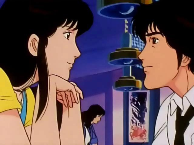 Sheila e Matthew si scambiano sguardi dolci in una scena dell'anime