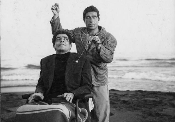 Vittorio Gassman e Ugo Tognazzi in una scena del film