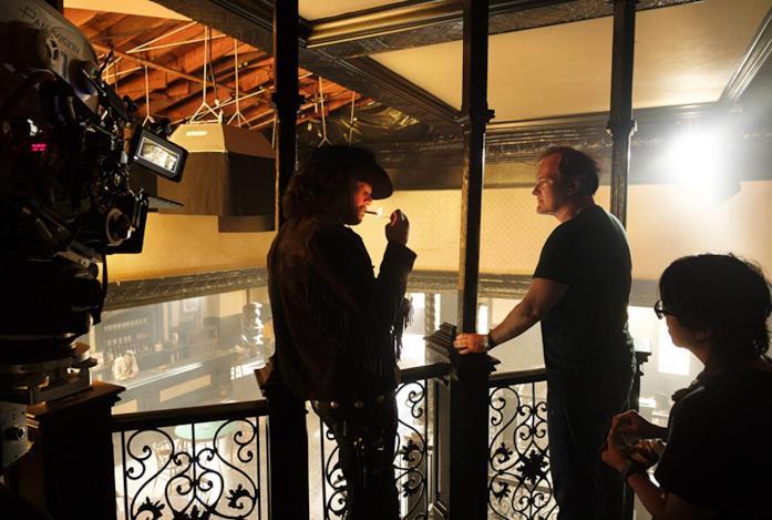 Leonardo DiCaprio e Quentin Tarantino sul set del film C'era una volta a... Hollywood