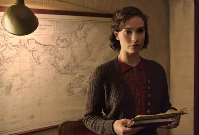 Elizabeth Layton in una scena di Darkest Hour