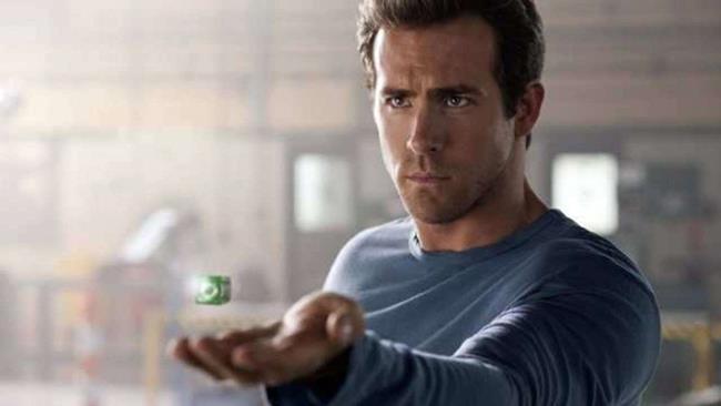 Ryan Reynolds nei panni di Hal Jordan in Lanterna Verde