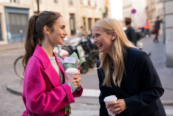 Emily, Camille e i fiori in Emily in Paris