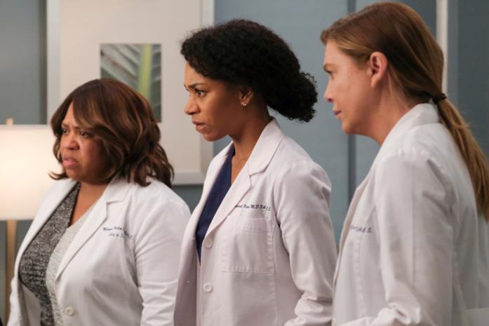 Tre dei personaggi di Grey's Anatomy: Miranda Bailey, Maggie Pierce e Meredith Grey