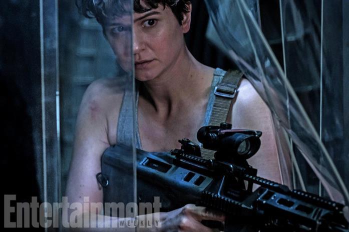 Katherine Waterston è Daniels in Alien: Covenant
