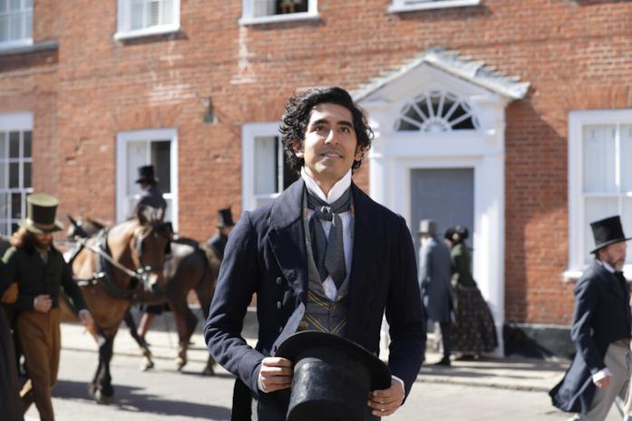 Dev Patel in una scena del film La vita straordinaria di David Copperfield