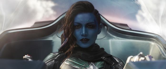 Minn-Erva tenta di uccidere Maria Rambeau in Captain Marvel
