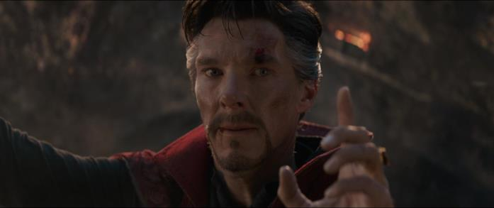 Il Doctor Strange lotta contro Thanos in Avenger: Endgame