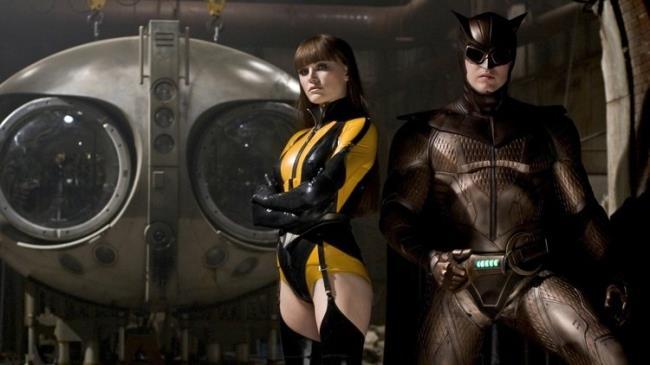 Spettro di Seta e Gufo Notturno in uno scatto da Watchmen