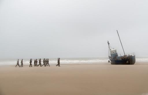 La nave nella quale si nascondono Alex, Tommy e Gibson