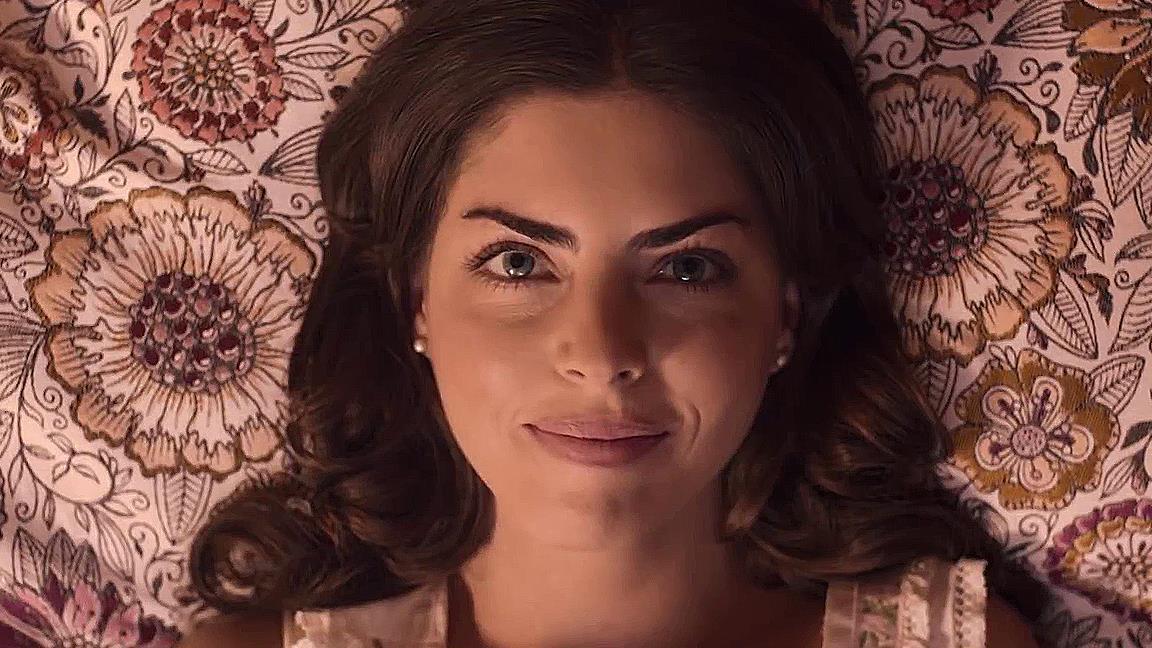 La Casa de las Flores dice addio agli spettatori con la terza stagione: ecco l'irriverente trailer finale