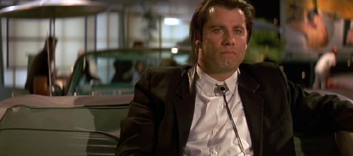 Vincent Vega in una scena di Pulp Fiction