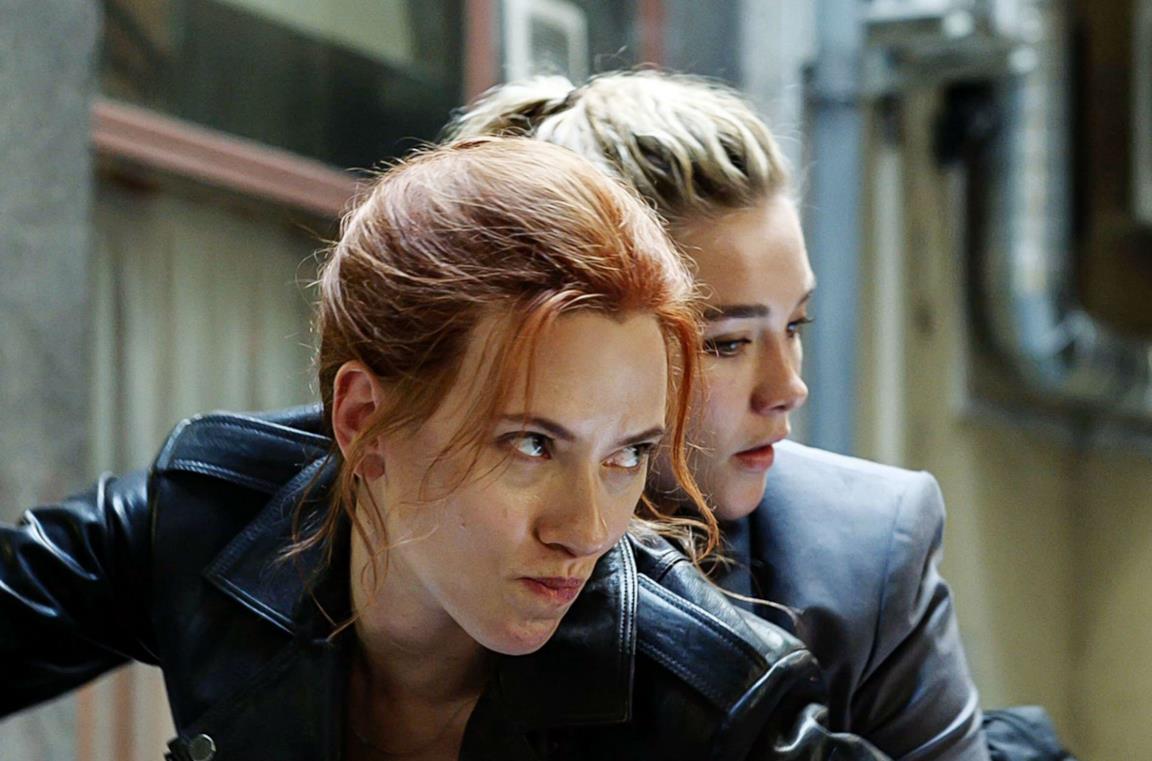 Natasha e Yelena in una scena di Black Widow