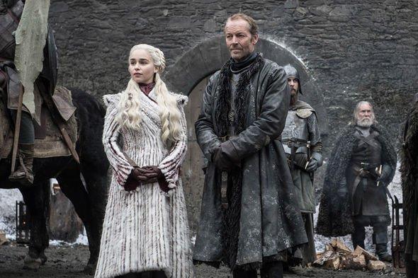 Iain Glen ed Emilia Clarke in Game of Thrones 8