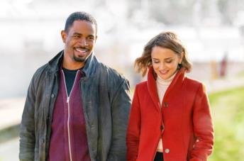 Love, Guaranteed: trailer, trama e cast del film Netflix