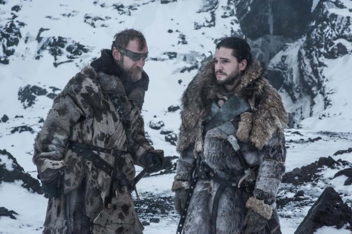 Beric e Jon parlano oltre la Barriera