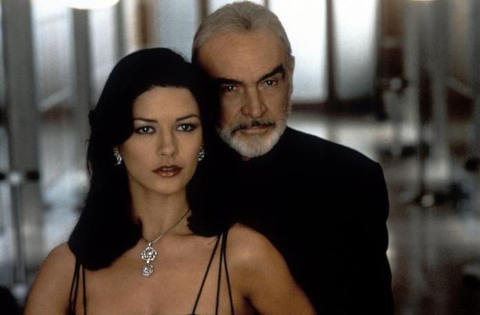 Sean Connery e Catherine Zeta-Jones in Entrapment
