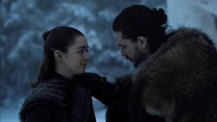 Maisie Williams e Kit Harington in Game of Thrones 8x06