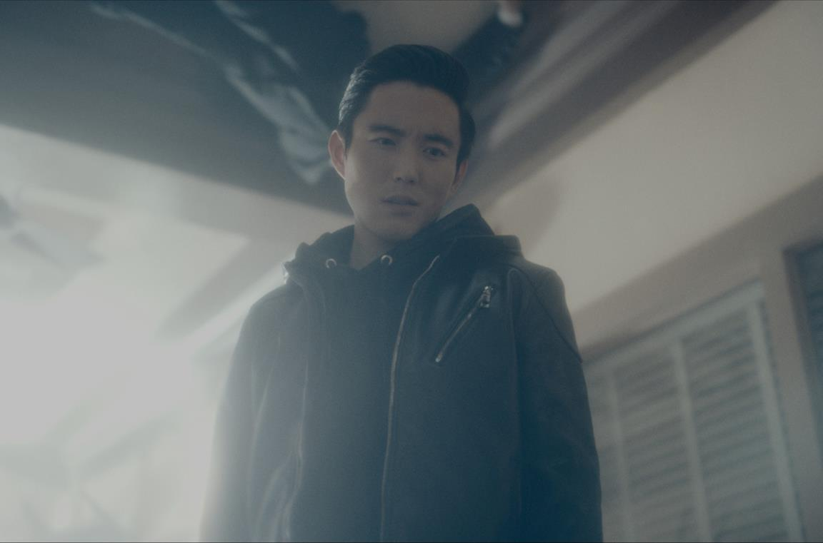 Justin Min è Ben (Numero Sei) in The Umbrella Academy